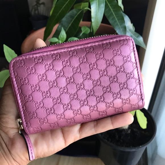 cd0aef1a10c5 Gucci Handbags - 💕LAST PRICE💕Gucci Metallic Pink Zippy Wallet
